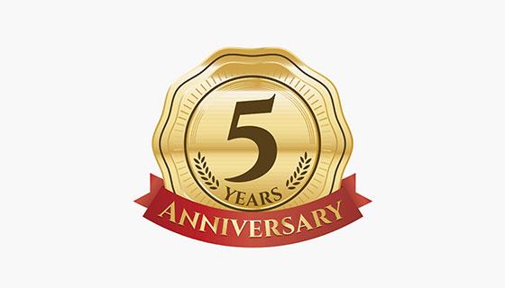 金色五周年纪念标签矢量素材(EPS/AI)